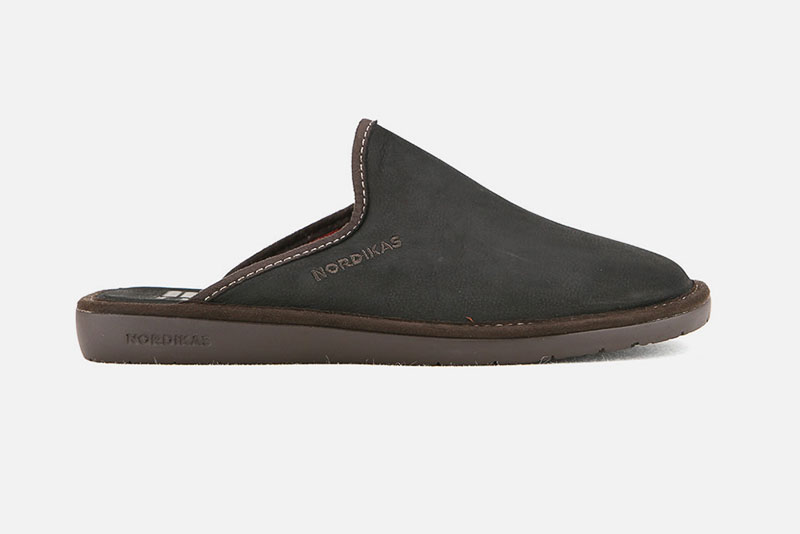 Chaussons grandes pointures homme
