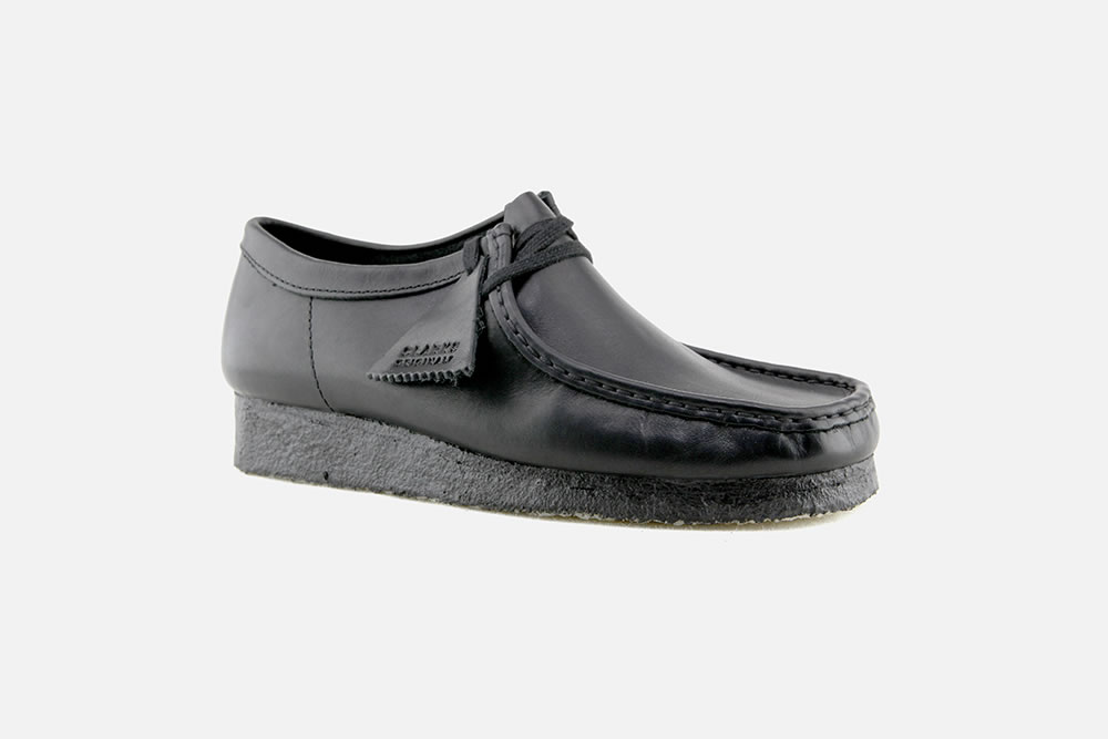 clarks wallabees black leather