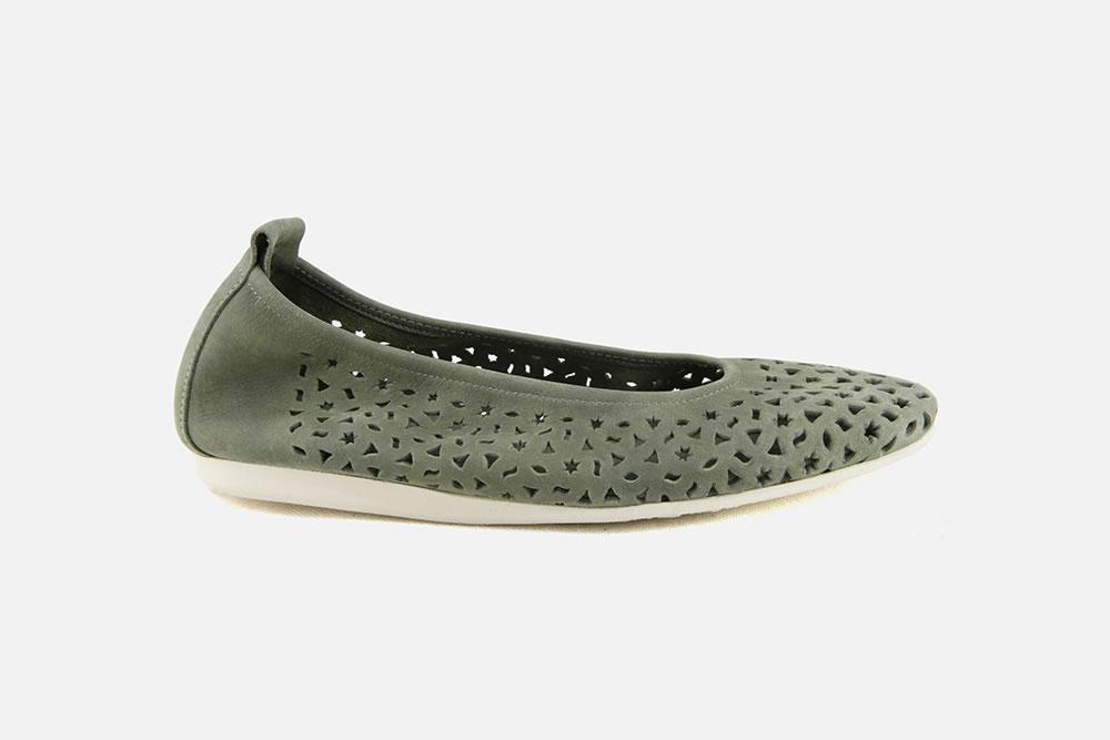 chaussures femme la botte chantilly chausseur depuis 1890. Black Bedroom Furniture Sets. Home Design Ideas